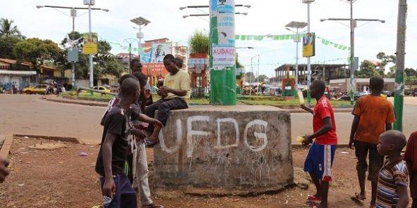 Guinée : des milliers de personnes ont assisté aux funérailles de manifestants de l'opposition