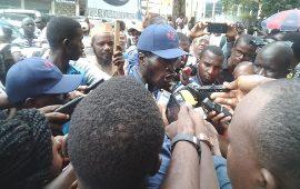 Affaire Cour Constitutionnelle : Des manifestants dans la rue à  Kaloum  pour  demander le respect de la loi