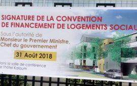 Logements sociaux à Conakry: le gouvernement guinéen signe une convention avec des banques