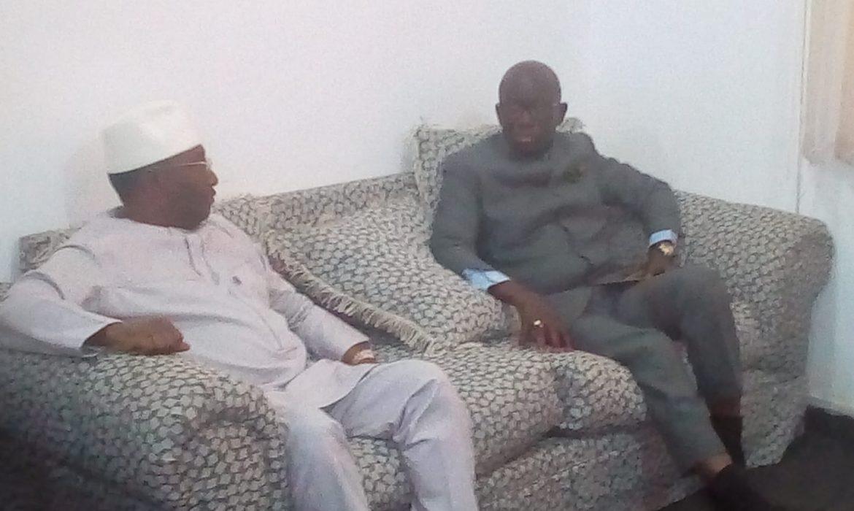Conakry : Le président du RGD chez Sidya  Touré  pour     empêcher   toute  tentative de révision ou de modification de la constitution  en faveur d'un troisième mandat