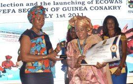 Rencontre de la FEFA CEDEAO 2019 : Mme Fatoumata  Hann, distinguée  Meilleure Entrepreneure Africaine de l'année  par la Première Dame de la sierra Leone