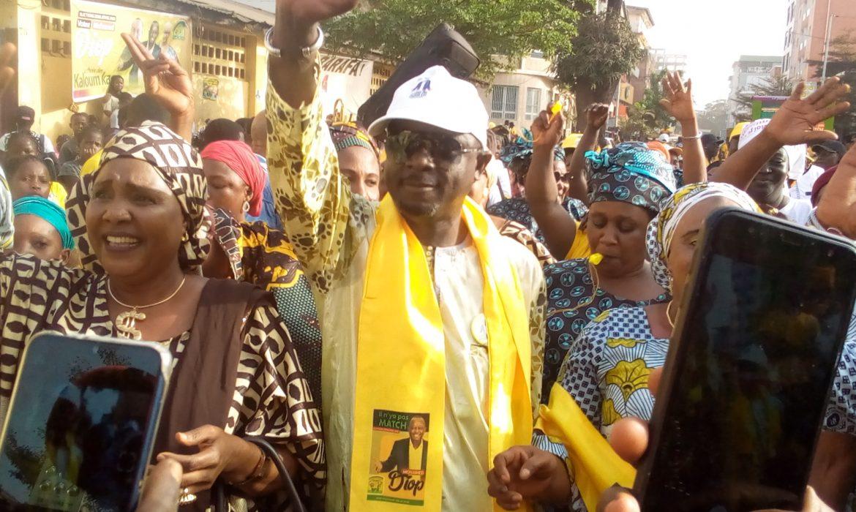 Élections législatives 2020 : Les femmes du Marché Niger soutiennent le Candidat Uninominal du RPG à Kaloum