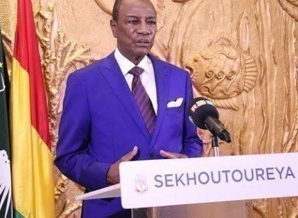 Guinée: le président Condé procède à un mini remaniement de son gouvernement (Décret)