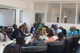 Covid-19:Dr Sakoba Keïta, annonce l'attribution d'un vaccin à la Guinée dans les prochains mois