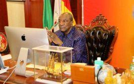 Riposte Covid-19/Ebola : le président interdit plusieurs activités, les cérémonies funèbres, de mariage, de baptême interdites dans le grand Conakry et N'zérékoré