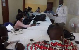 Conakry : Des journalistes outillés dans la gestion des déchets