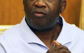 Des exilés pro-Gbagbo de retour en Côte d'Ivoire reçus par le ministre de la Réco