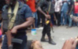 Braquage à Lomé: 3 hommes en tenue de corps habillés dépouillent une femme