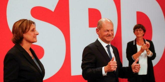 Législatives en Allemagne: le décompte officiel provisoire donne une courte victoire au SPD